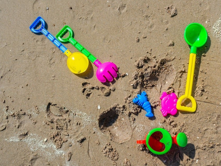Los juegos más divertidos para jugar en la playa 1